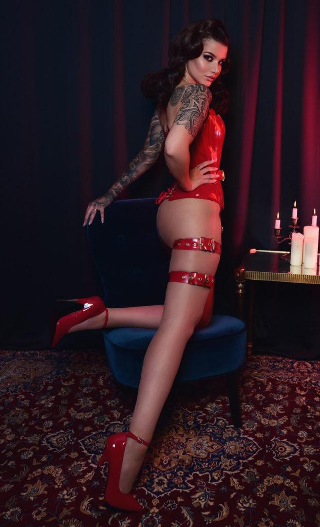 Irena Fox - Femme Fatale