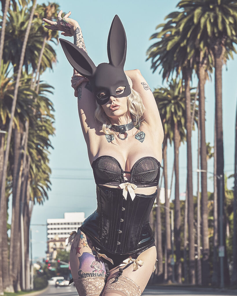 Eliza Winn - Bad Bunny